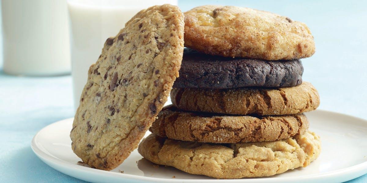 Get Dinner's in the Oven: Simple One-Pan Meals and more!. Na HumbleBundle możesz wybrać jeden z kilku pakietów ebooków w języku angielskim. Czasem cena za najniższy pakiet to nawet 1 dolar. Oprócz tego możesz wesprzeć organizację charytatywną